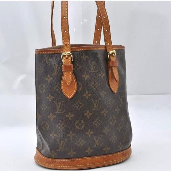 87958c96f Louis Vuitton Handbags - Louis Vuitton Monogram PM Bucket